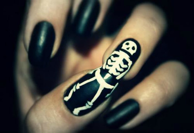 beauty skull nails