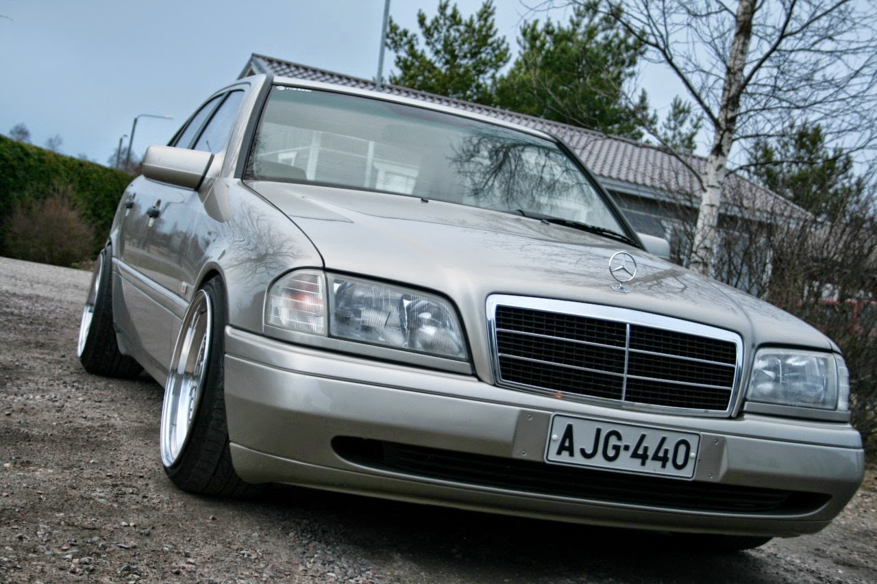 Mercedes benz w202 c220d stance style benztuning for Mercedes benz c class w202