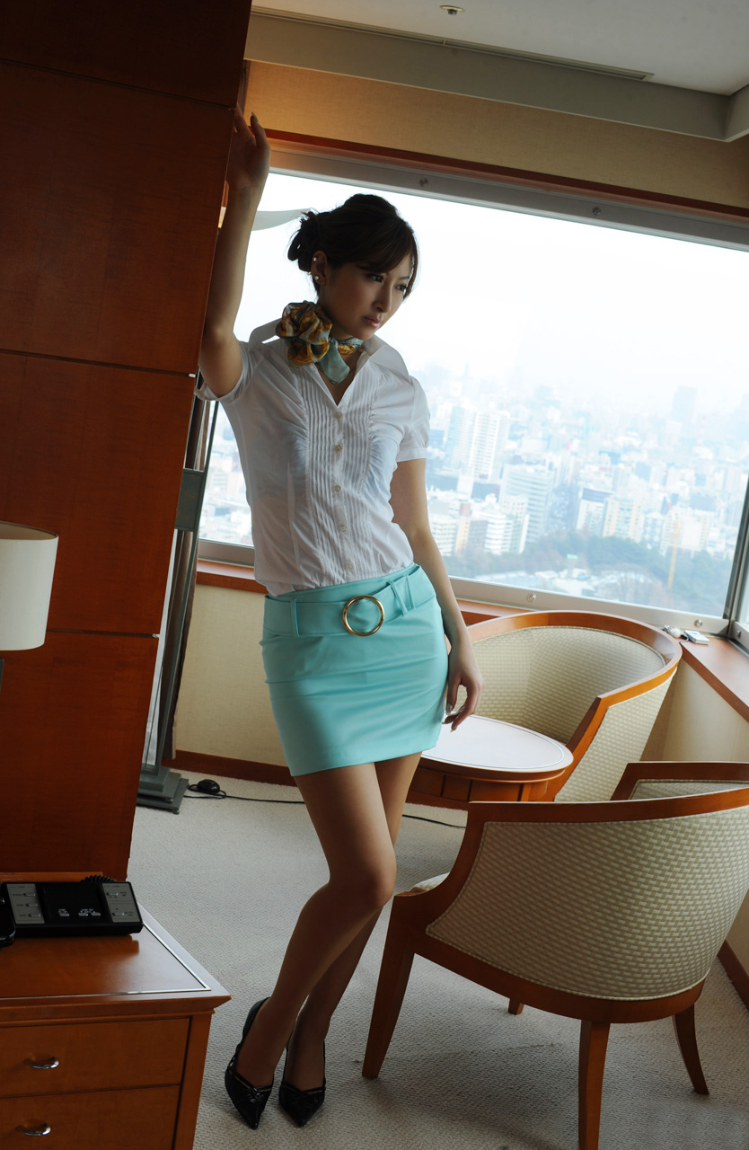 Stewardess Asian 33