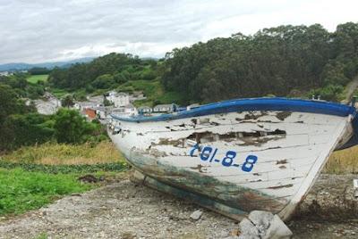 Barca en las inmediaciones de Viavelez