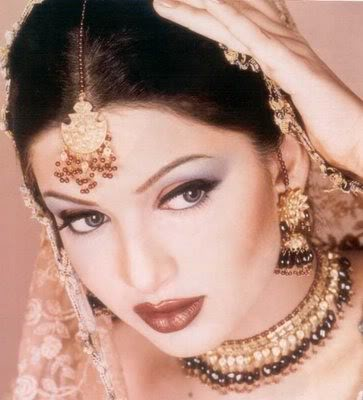 indian bridal makeup tips. indian bridal makeup tips.