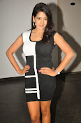 Pavani Reddy Glamorosu Photo shoot-thumbnail-7