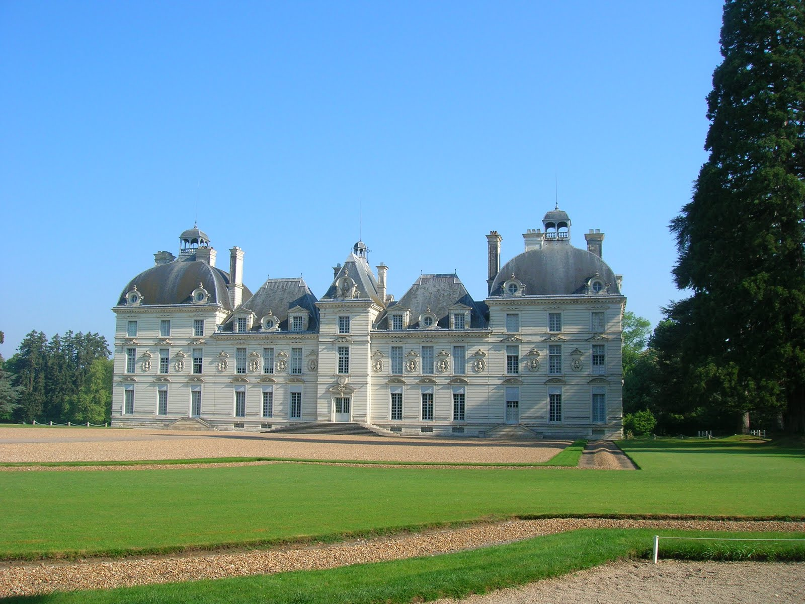 Our Big Fat European Adventure Chateau Cheverny To Fougeres