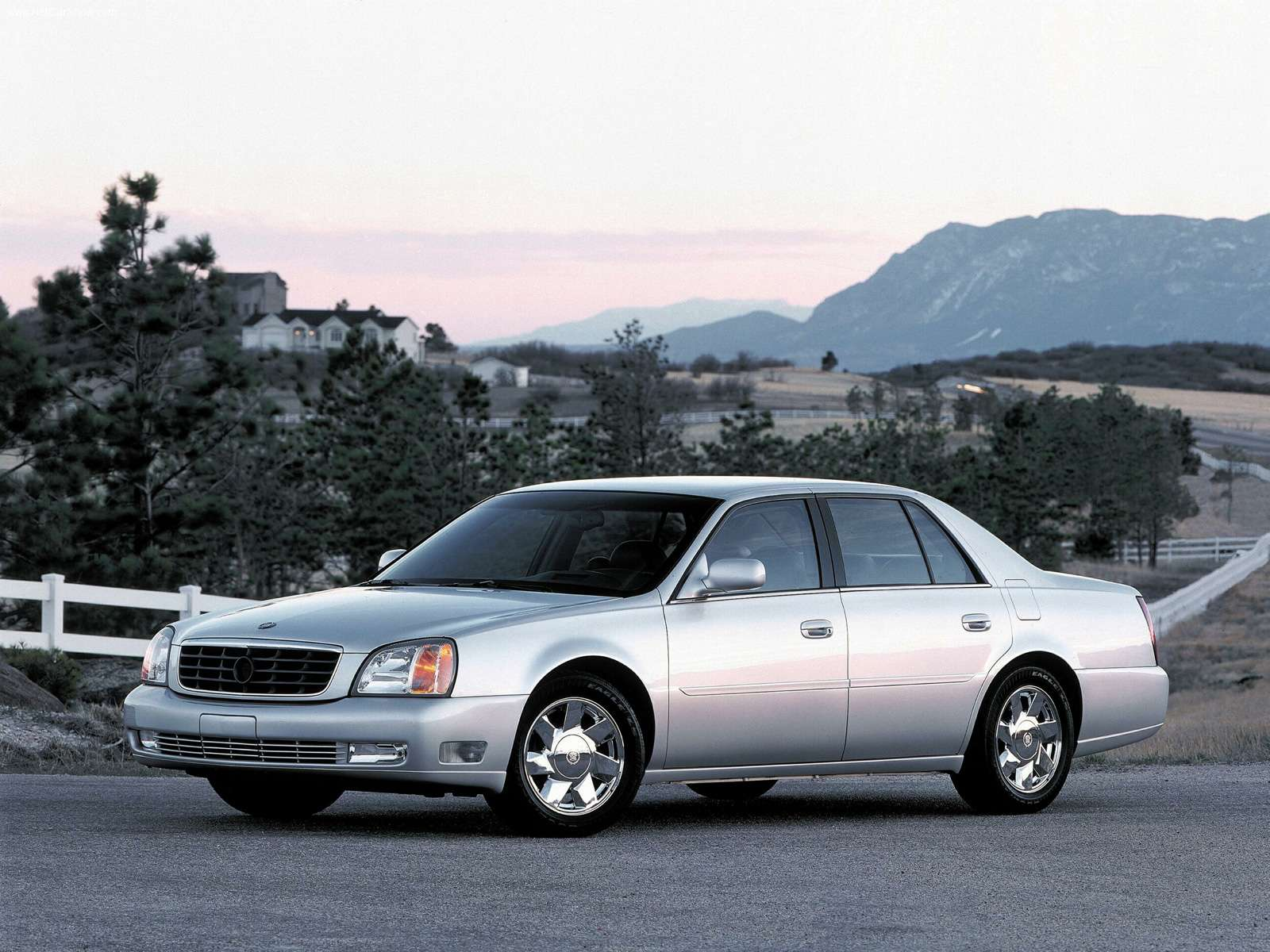 Sport Cars: Cadillac Deville DTS 2001