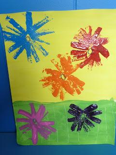 Arts visuels fleurs en moyenne section