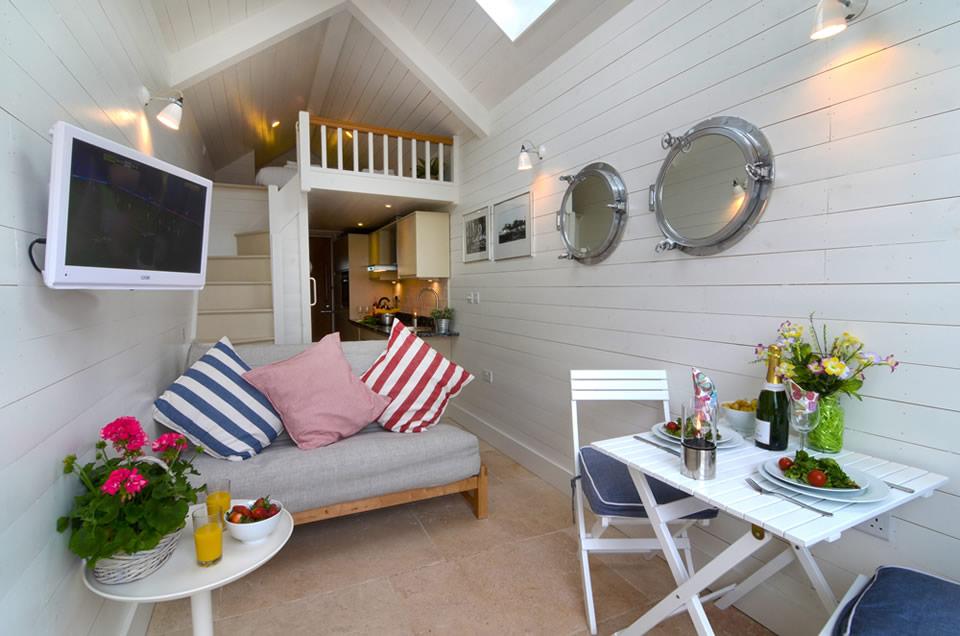 Soft cosy july 2013 for Beach hut decor