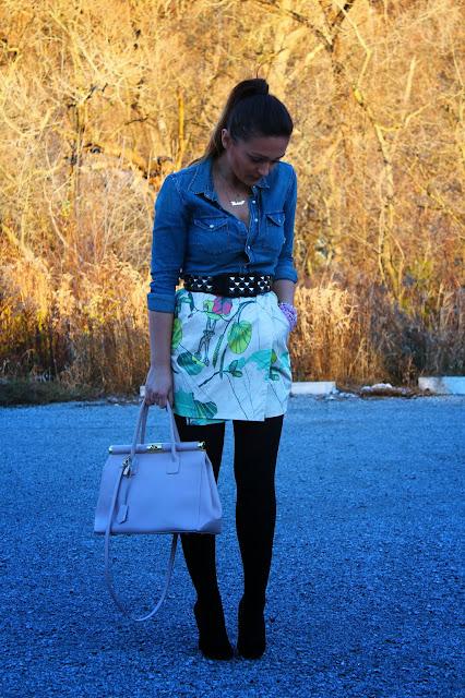 Aritzia shirt, studded belt, street style, toronto street style