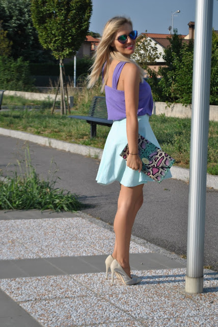 outfit gonna a ruota come abbinare la gonna a ruota abbinamenti gonna a ruota mariafelicia magno fashion blogger colorblock by felym fashion blog italiani fashion blogger italiane outfit agosto 2015 outfit estivi outfit estivi donna summer outfits how to wear round circle skirt how to wear round skirt round skirt outfit blonde girl ragazze bionde blogger milano blogger bionde
