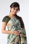 Gorgeous Samantha ruth prabhu latest awesome looking photo shoot in saree-thumbnail-4