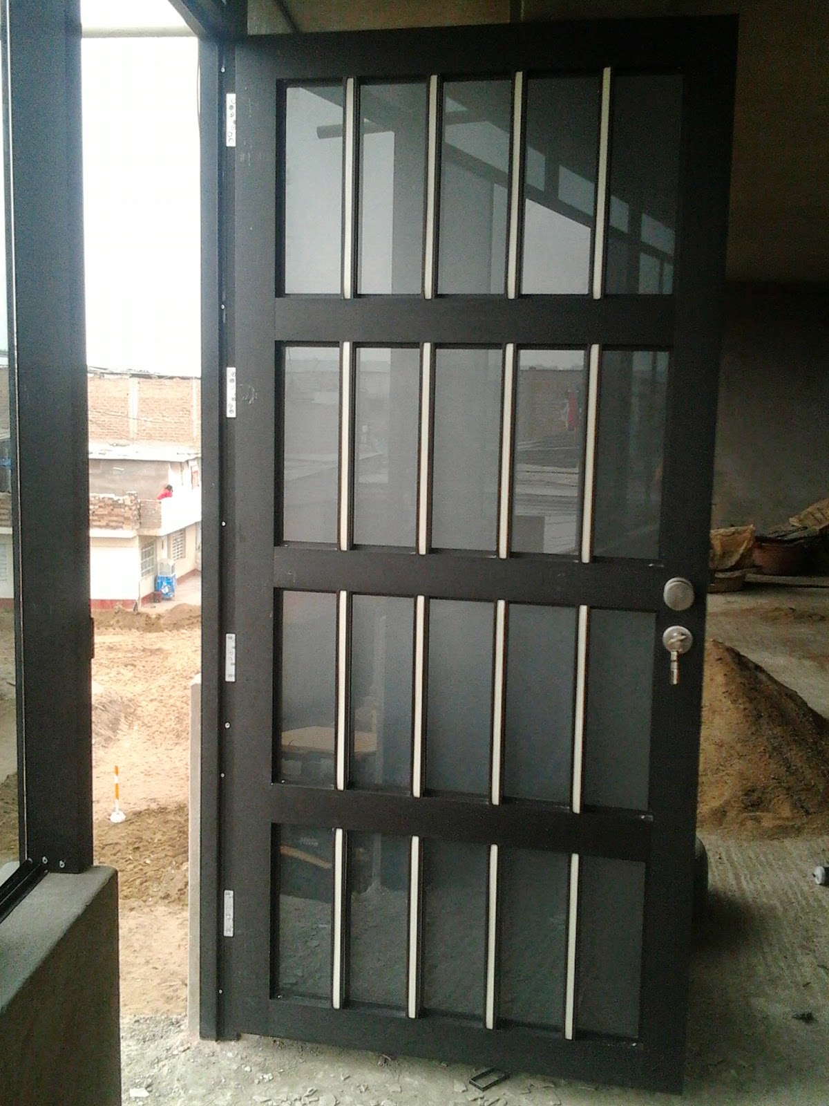 Puerta reja para exteriores mimaestro - Puertas de reja ...