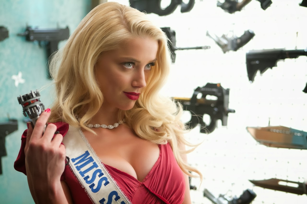 Amber Heard in Machete Kills For Desktop