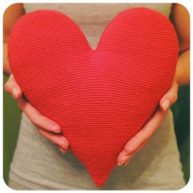Большое сердце крючком