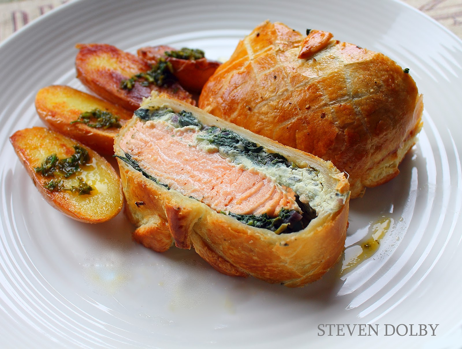 Steve's Cooking: Salmon en croute by Steven Dolby