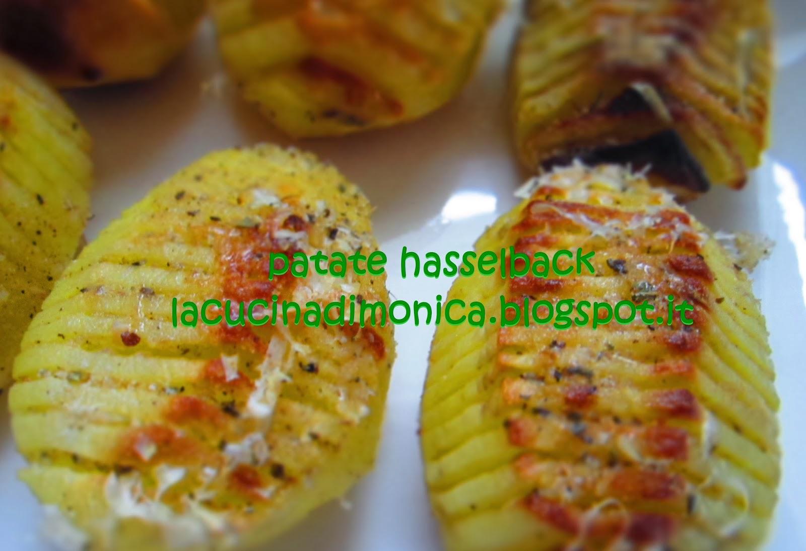 patate hasselback....una popolare ricetta svedese per cuocere le patate al forno