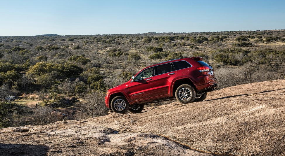 2014 Jeep Grand Cherokee off road red