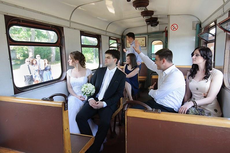 vestuvės traukinyje
