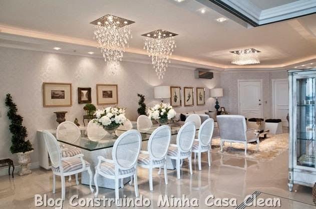 Altura Do Lustre Da Sala De Estar ~  na sala de jantar e um pendente de cristais menor na sala de estar