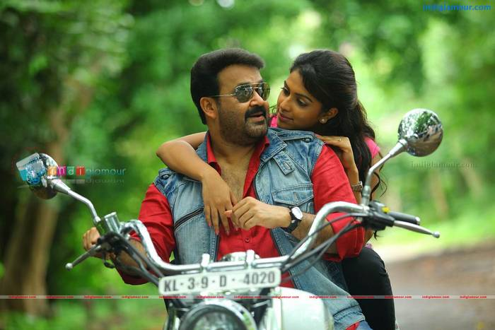 Amala Paul Mohanlal in Run Baby Run
