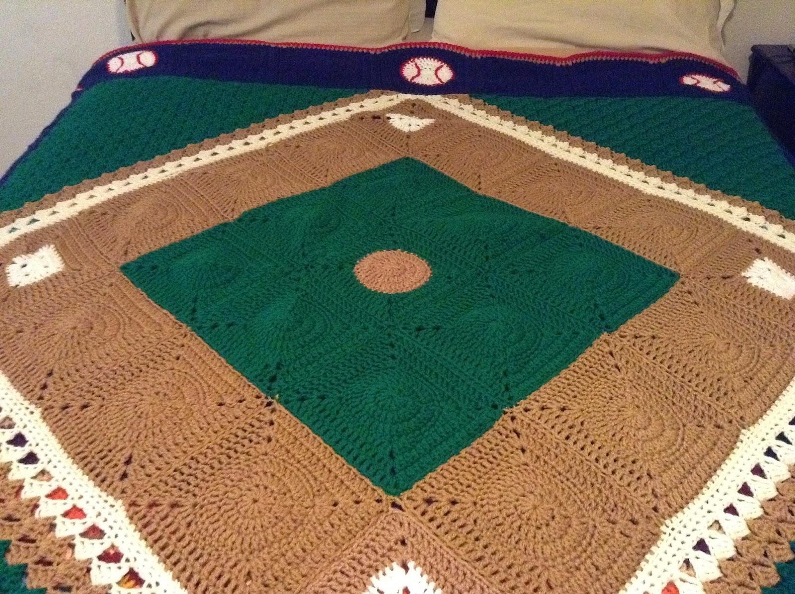 Illuminate Crochet: Remix Friday: Baseball Blanket