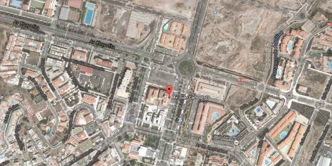https://www.google.es/maps/place/Av+Juan+Carlos+I,+20,+38650+Arona,+Santa+Cruz+de+Tenerife/@28.0554479,-16.7124077,775m/data=!3m1!1e3!4m2!3m1!1s0xc6a99d2b08c46bf:0x1e00931ce82afb58?hl=es