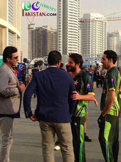Shahid Afridi And Waqar Younis Akram Waqar Younis Shahid