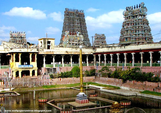 10 famous temples photo collections in india