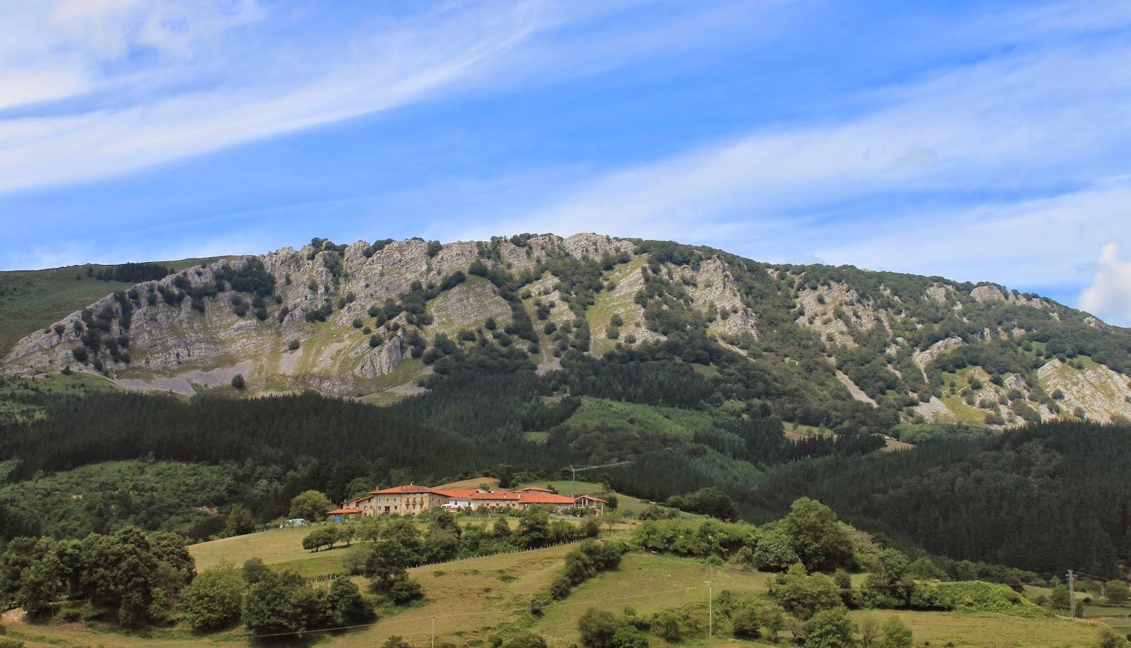 Monte Orixol desde Aldeko Eztia