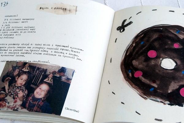 Wnętrze książki, przepis na pączki z dziurką