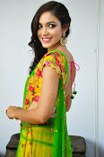 Reetu varma sizzling in half saree-thumbnail-16