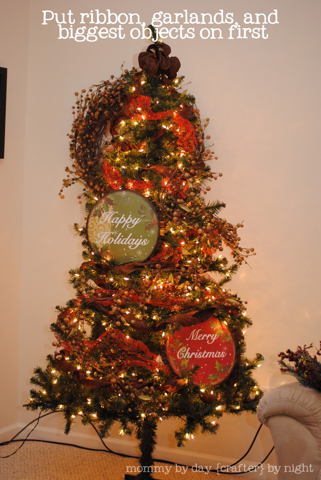mommy by day crafter by night how to decorate your christmas tree on a budget - How To Decorate A Big Christmas Tree