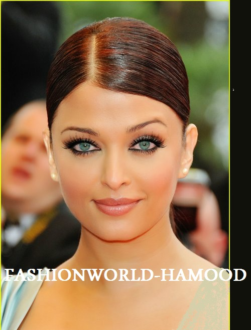 Aishwarya Rai Wide Jpeg Out Clothes Pictures