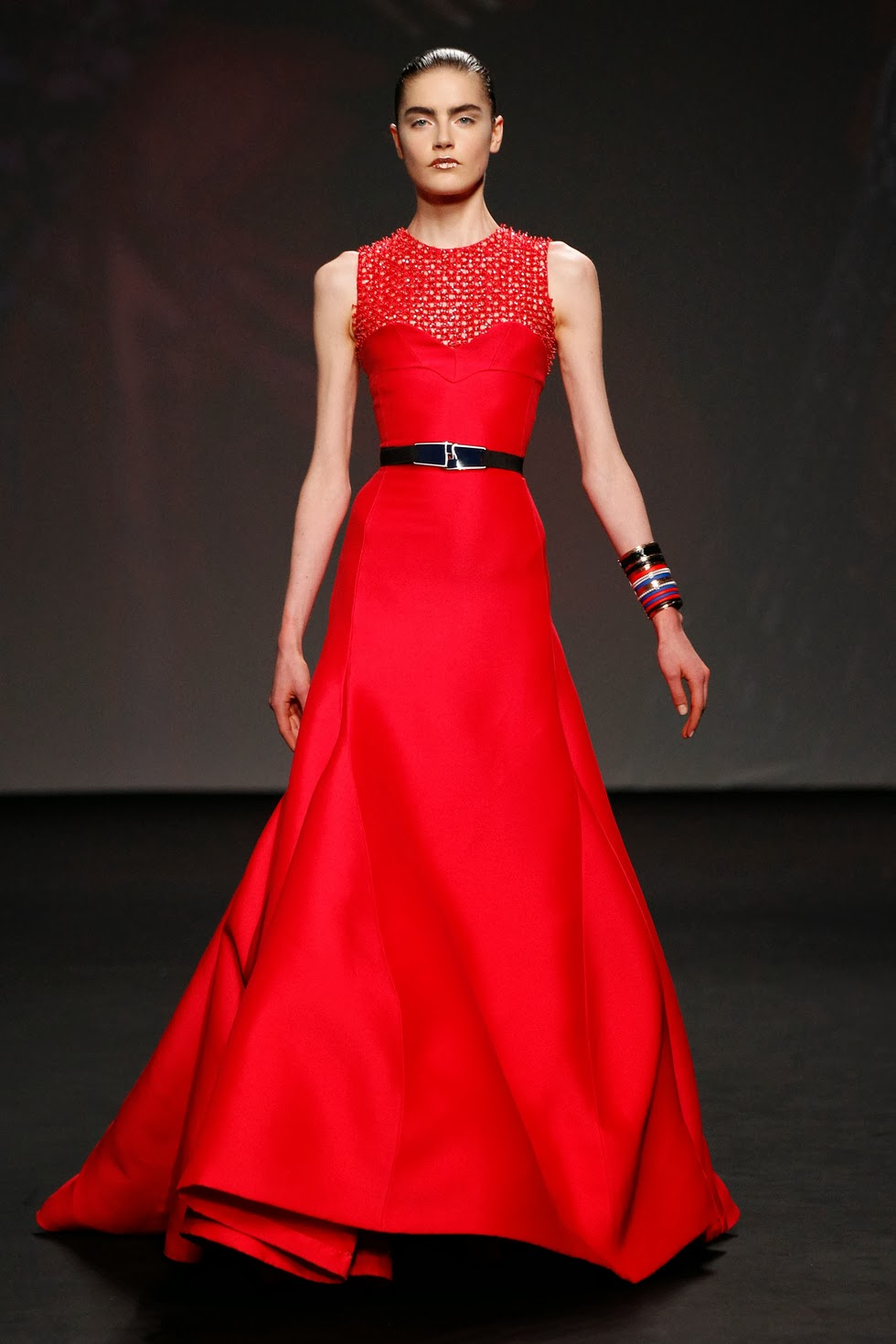 Fashion ra christian dior haute couture red dress k rm z for Haute couture red
