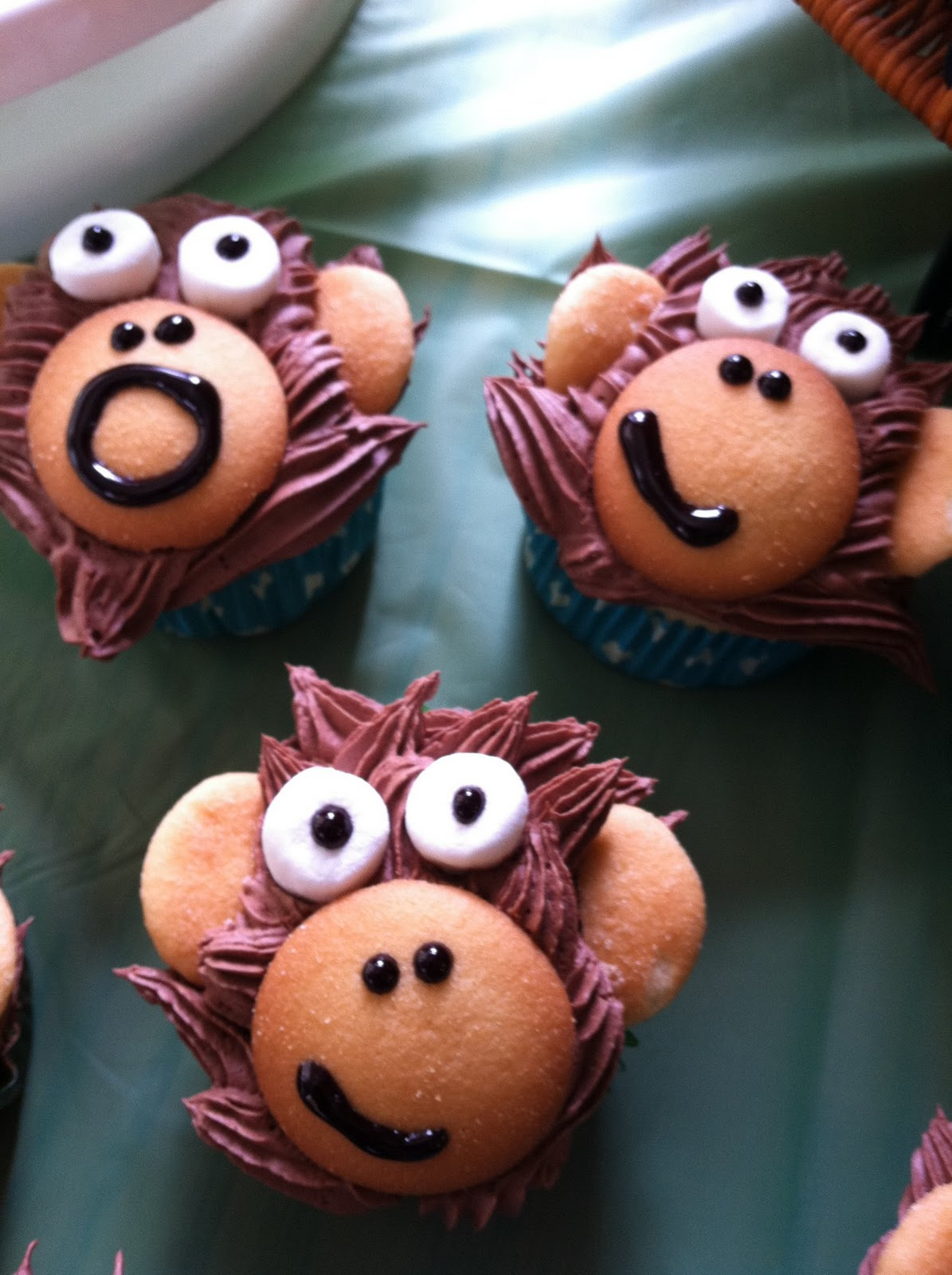 Monkey love cupcakes - photo#25