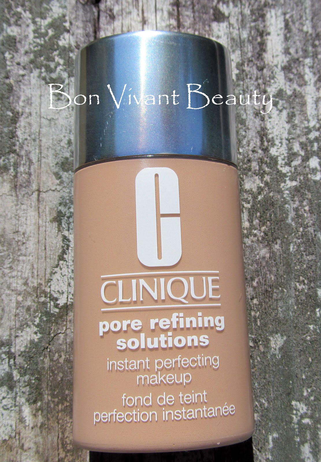 refining solutions Clinique pore refining solutions correcting serum clears out pore-clogging debris and oil.