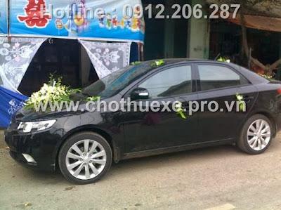 Cho thuê xe cưới KIA FORTE tại Hà Nội
