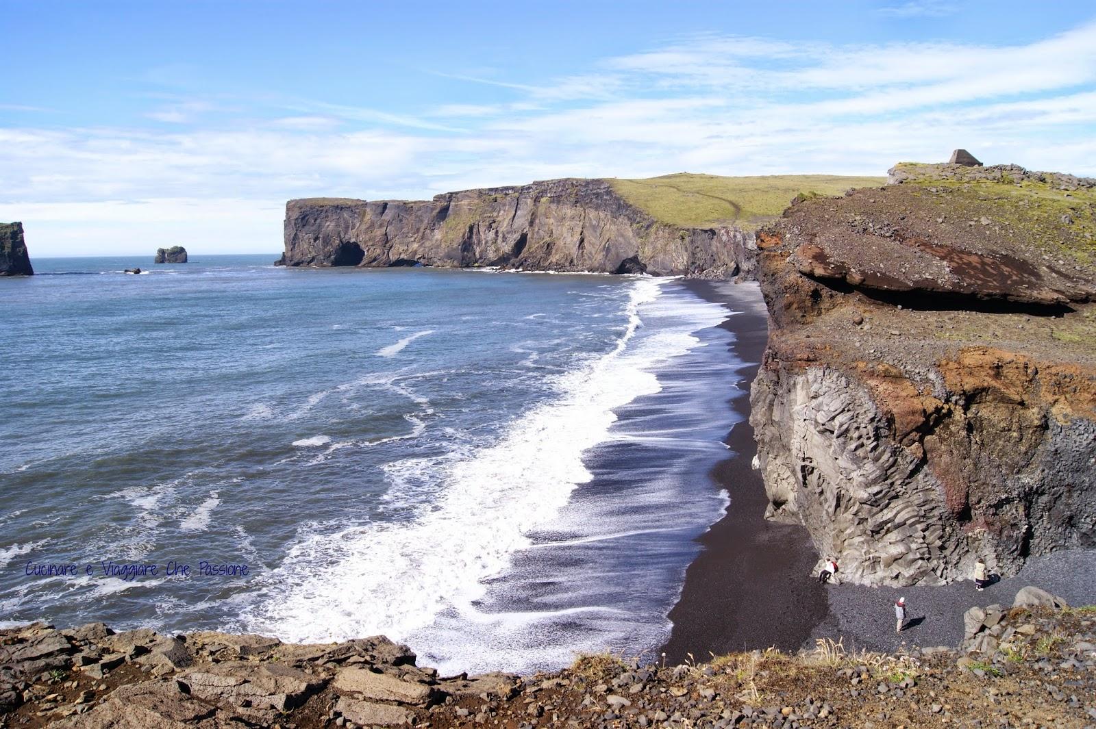 tra promontori a picco sull'oceano atlantico e profondi canyon....il nostro 5° giorno in islanda!