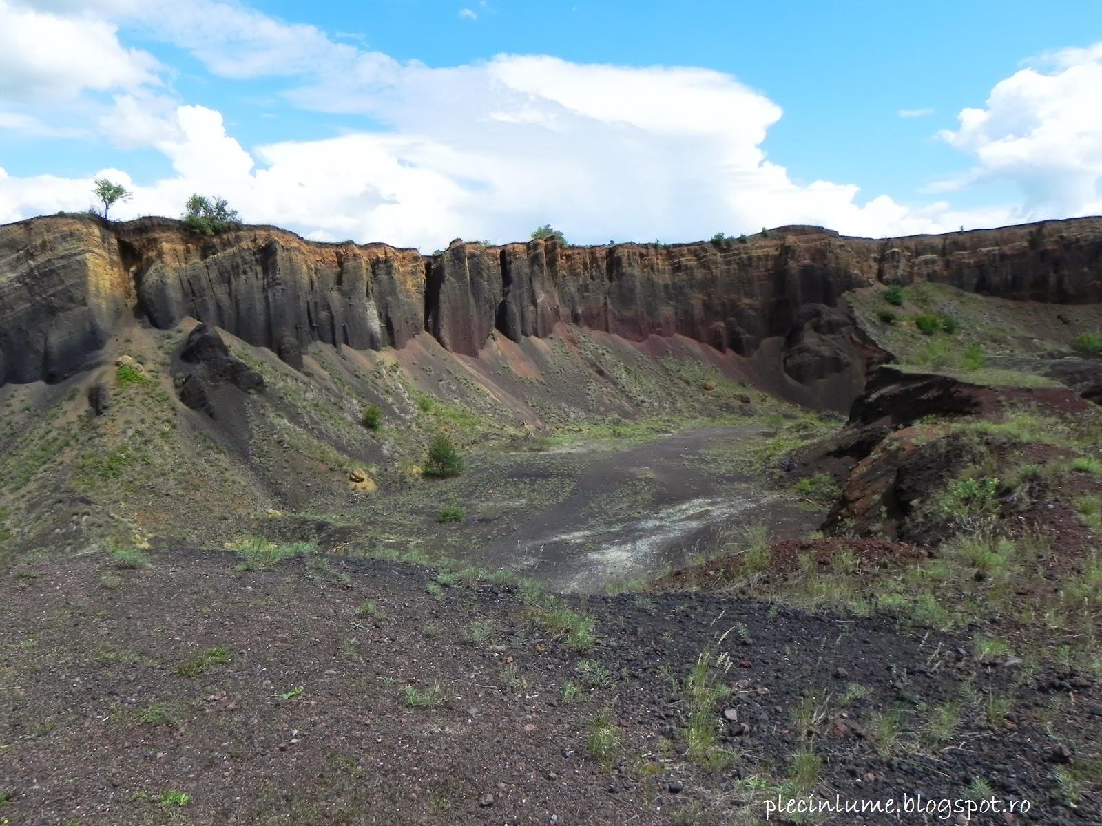 In craterul vulcanului de la Racos