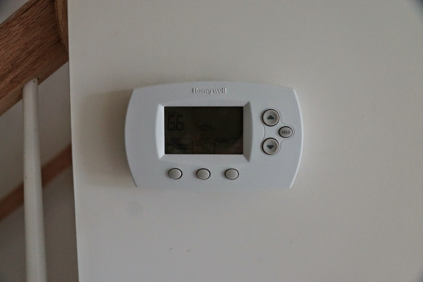A Picture of the thermostat in the house