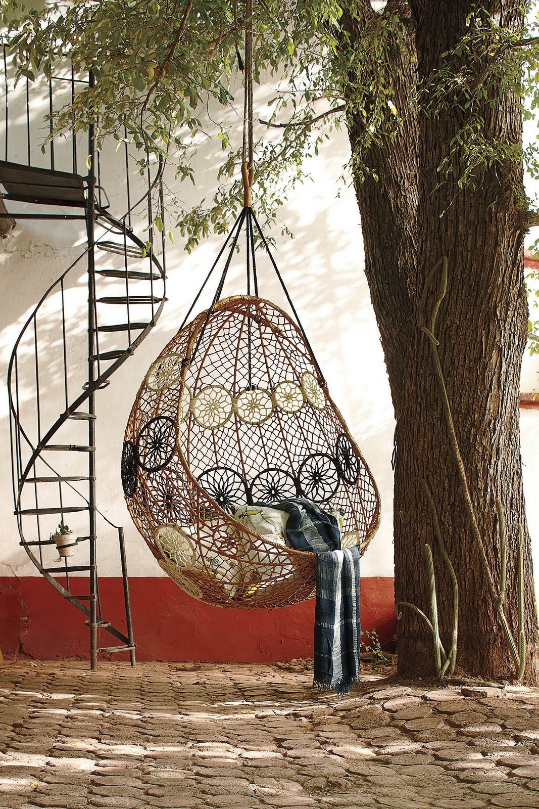 Hanging bed anthropologie - Creative Hanging Bed Furniture Ideas