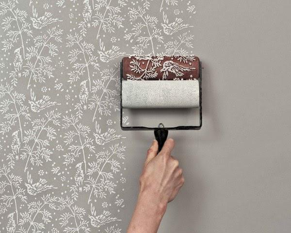 Mengecat dinding bekas wallpaper