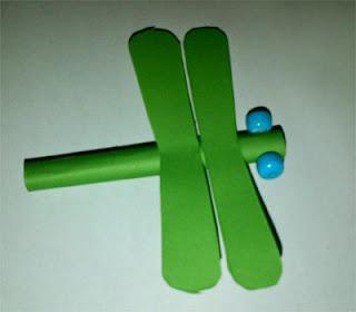 prakarya cara membuat capung kertas 5