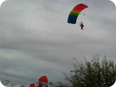 Las Vegas Great Santa Run Skydiving