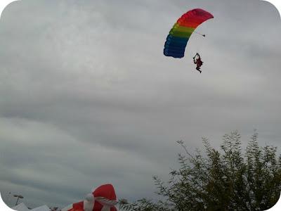 Las Vegas Great Santa Run Skydiving