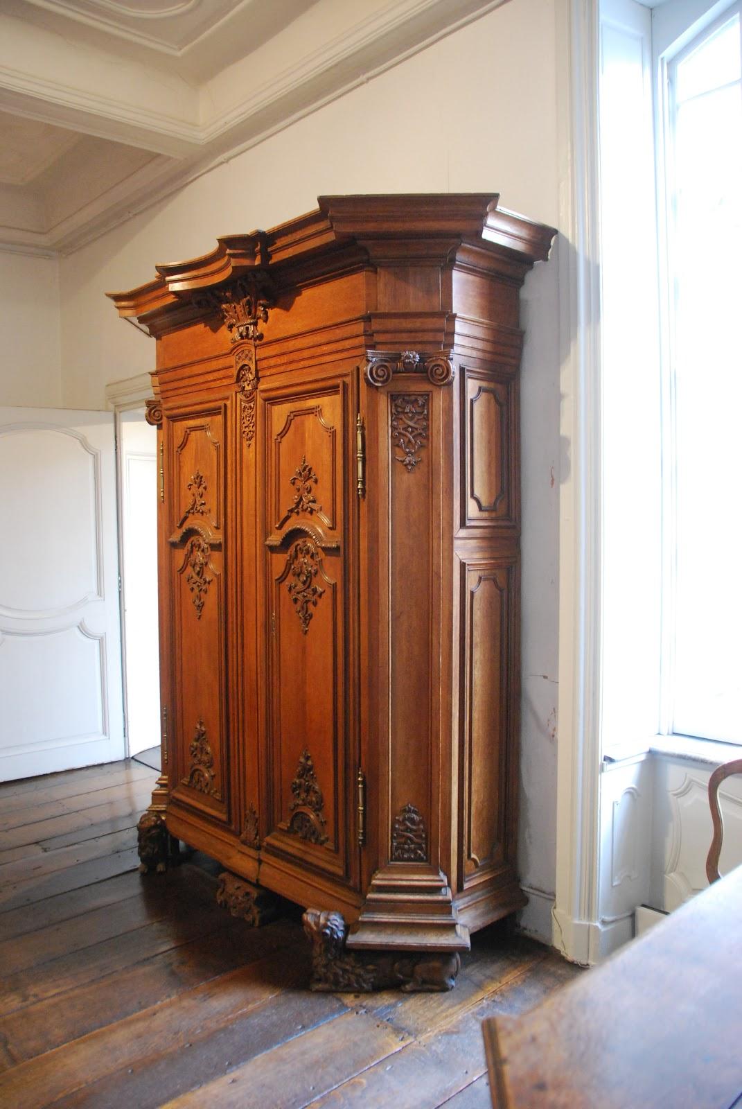Ornamentsnijder patrick damiaens naamse meubelen naams houtsnijwerk het naamse meubel - Garderobe stijl van lodewijk xv ...