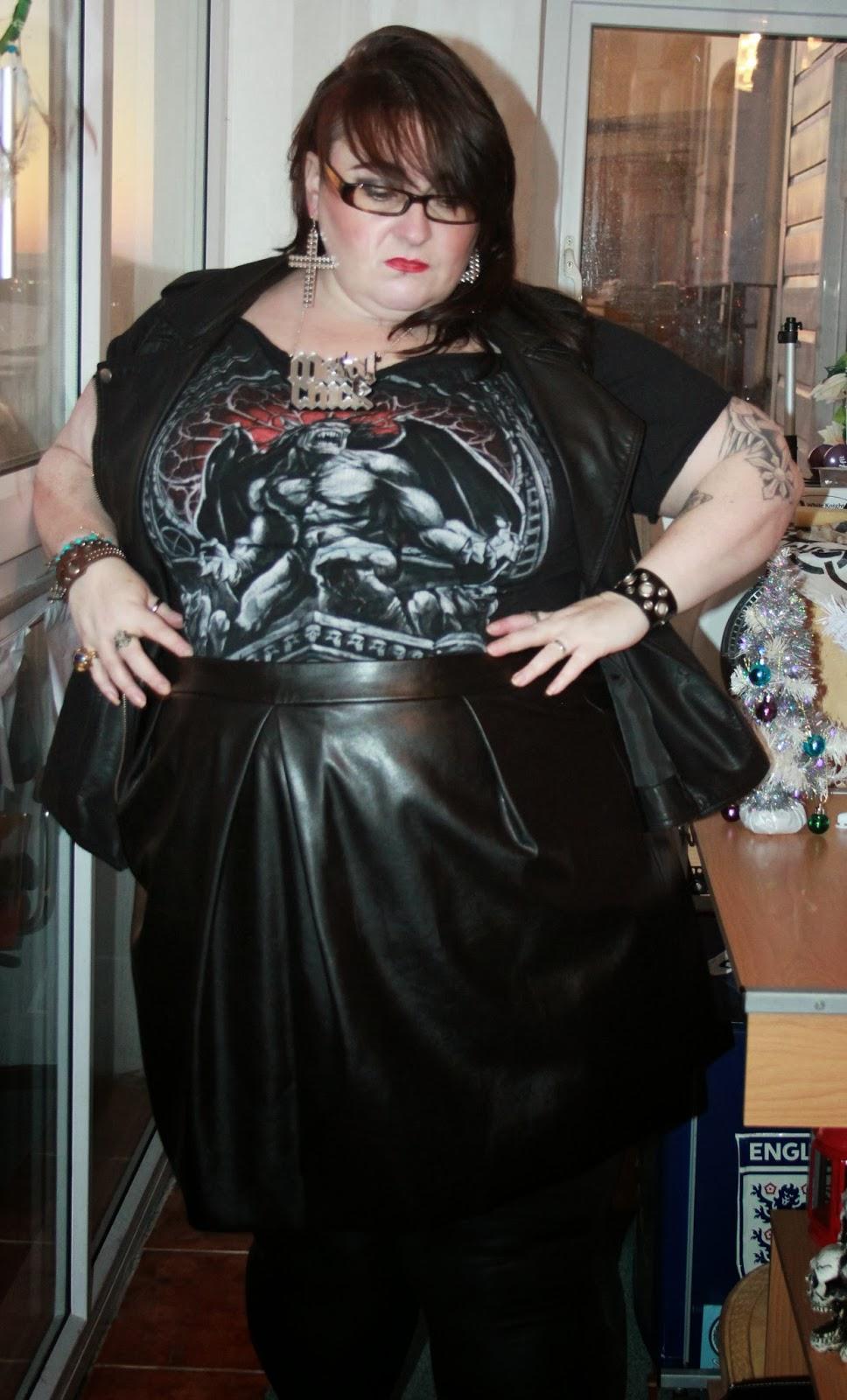 My dressing table - Metal Chick Ootd Love Leah