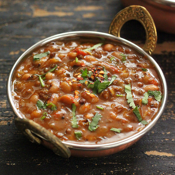 Black Eyed Pea and Mung Bean Stew