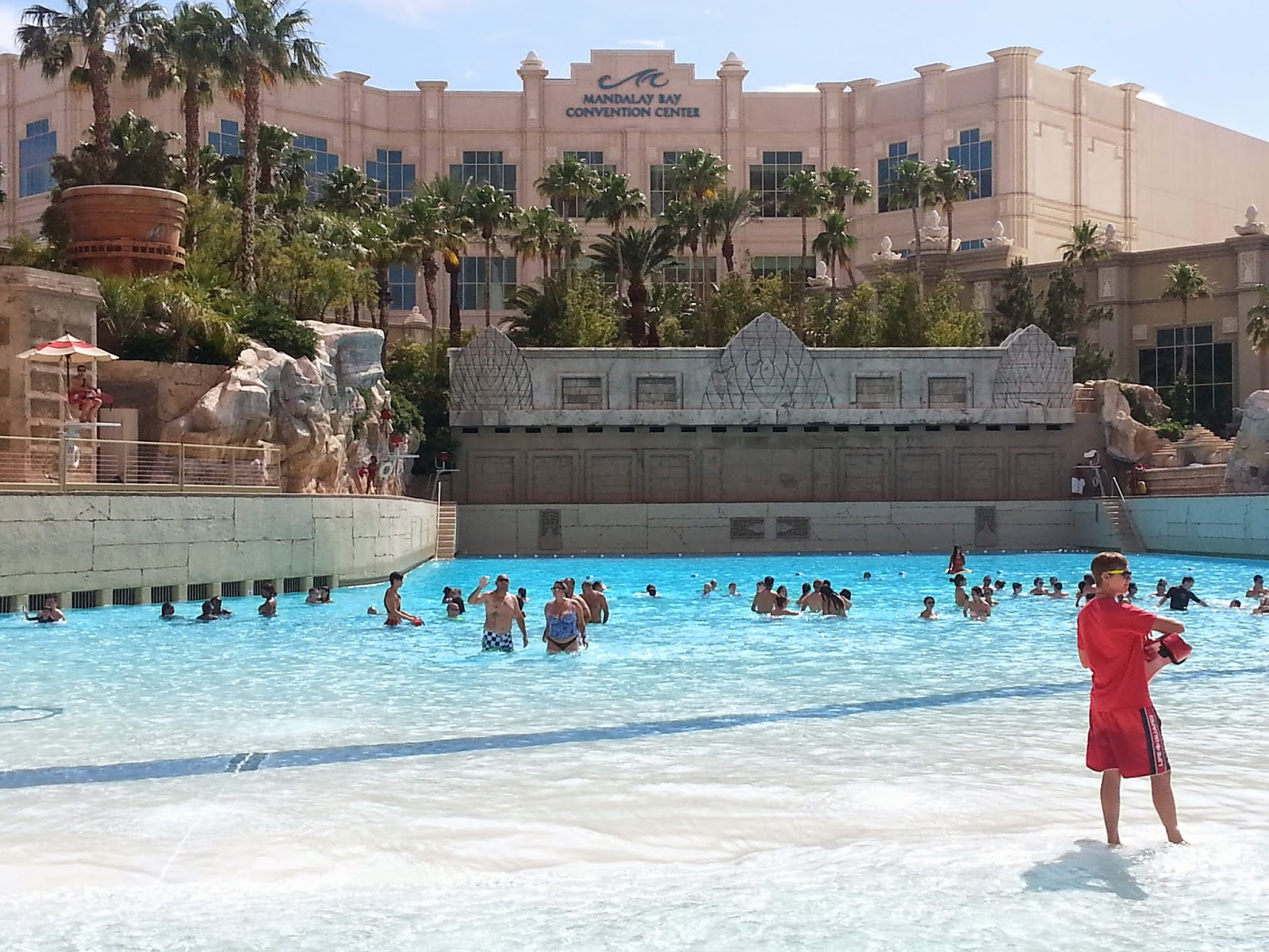 family friendly pools and parks in Las Vegas - Mandalay Beach