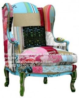 Jual mebel jepara,sofa klasik jepara Mebel furniture klasik jepara jual set sofa tamu ukir sofa tamu jati sofa tamu antik sofa jepara sofa tamu duco jepara furniture jati klasik jepara SFTM-33040 sofa hiasan klasik cat duco