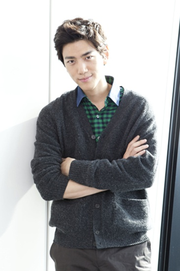 sung joon girlfriend - 366×550