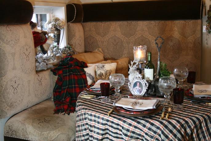 #11 Christmas Decoration Ideas